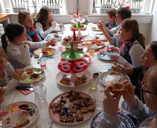 Ongebruikt High-tea kinderfeestje Tilburg Brabant XG-85